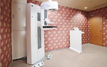 マンモグラフィー検査の装置